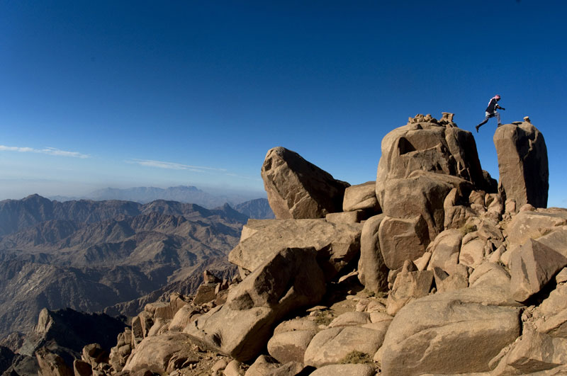 Hiking and trekking in Sinai desert tours